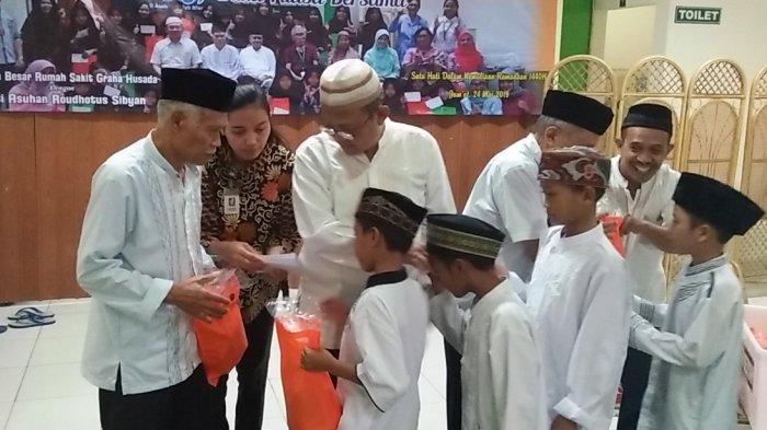 RS Graha Husada Buka Puasa Bersama 40 Anak Panti Asuhan Roudhotus Sibyan